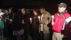 lang community candle light